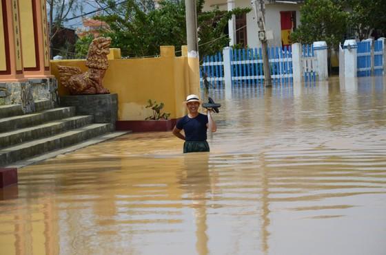 Đà Nẵng, Quảng Nam ngổn ngang sau bão  ảnh 3