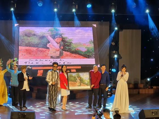 Hơn 179 triệu đồng ủng hộ từ chương trình 'Hướng về Trà My' và 'Quảng Nam yêu thương' ảnh 3