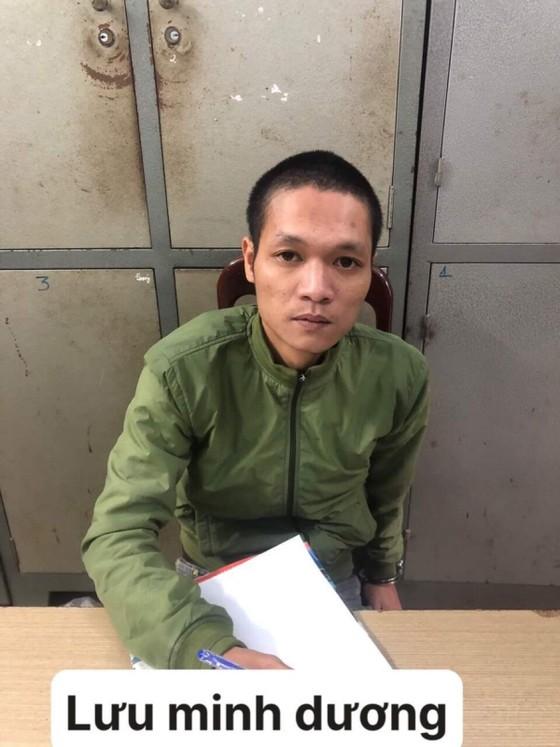 Đà Nẵng: Làm rõ 14 vụ đập gương chắn gió ô tô thiệt hại gần 170 triệu đồng ảnh 2