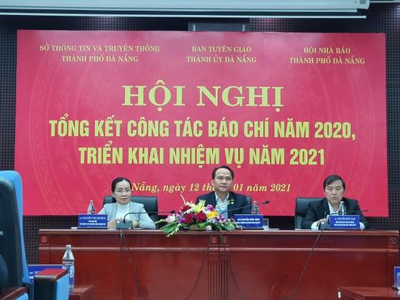 Đà Nẵng tập trung tuyên truyền năm 2021 là năm khôi phục tăng trưởng và đẩy mạnh phát triển kinh tế ảnh 2