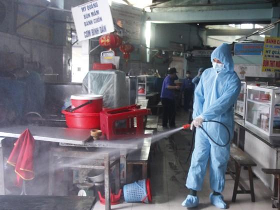 500 nhân viên làm việc tại các vũ trường, karaoke, spa, masage ở Đà Nẵng được xét nghiệm Covid-19 ảnh 5