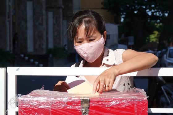 Đà Nẵng: Diễn tập bầu cử tại khu vực phong toả chung cư F-Home ảnh 10