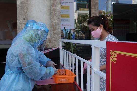 Đà Nẵng: Diễn tập bầu cử tại khu vực phong toả chung cư F-Home ảnh 5