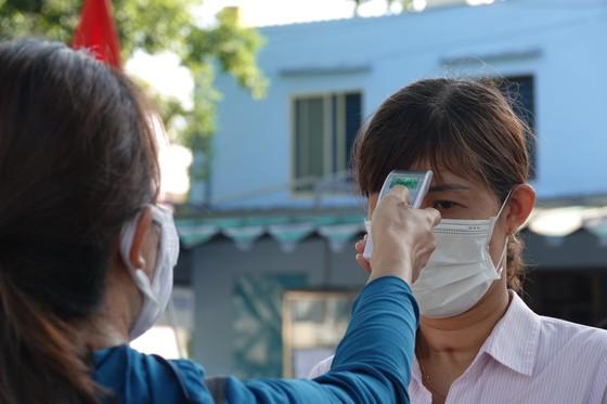 Đà Nẵng bắt đầu xét nghiệm SARS-CoV-2 đại diện hộ gia đình  ảnh 4