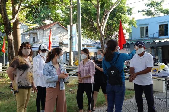 Đà Nẵng bắt đầu xét nghiệm SARS-CoV-2 đại diện hộ gia đình  ảnh 3