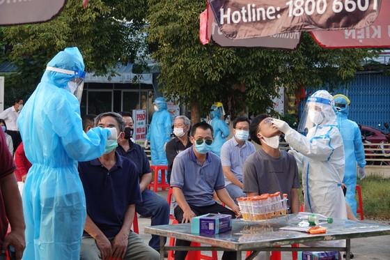 Đà Nẵng bắt đầu xét nghiệm SARS-CoV-2 đại diện hộ gia đình  ảnh 2