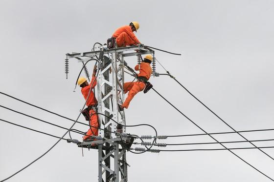 Điện lực miền Trung: Đảm bảo cung cấp điện trong các ngày nắng nóng gay gắt  ảnh 1