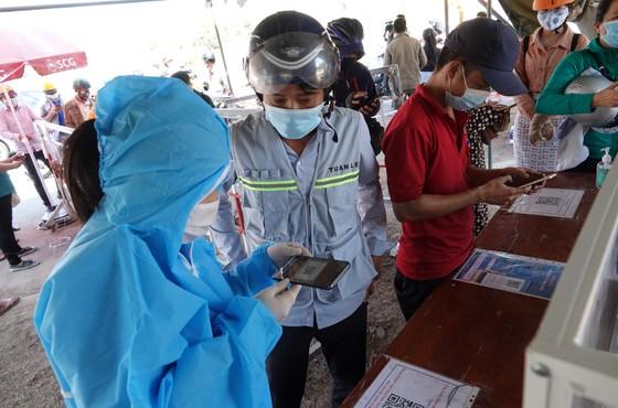 Chốt kiểm dịch Covid-19 tại TP Đà Nẵng: Áp lực chồng áp lực ảnh 2