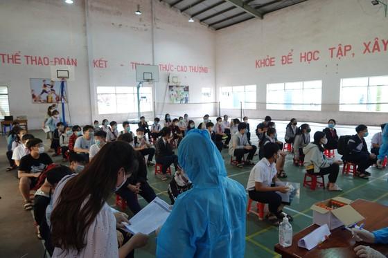 Đà Nẵng: Xét nghiệm SARS-CoV-2 cho hơn 14.000 thí sinh tham dự kỳ thi tuyển sinh lớp 10 ảnh 3