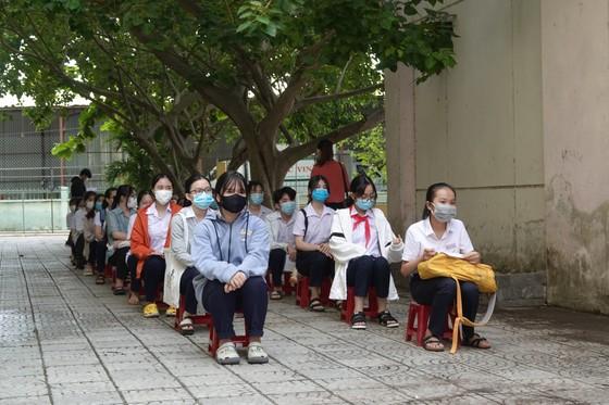 Đà Nẵng: Xét nghiệm SARS-CoV-2 cho hơn 14.000 thí sinh tham dự kỳ thi tuyển sinh lớp 10 ảnh 2