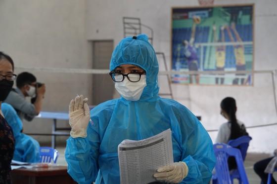 Đà Nẵng: Xét nghiệm SARS-CoV-2 cho hơn 14.000 thí sinh tham dự kỳ thi tuyển sinh lớp 10 ảnh 4