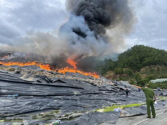 Đã xác định nguyên nhân gây cháy tại bãi rác lớn nhất TP Đà Nẵng ảnh 2