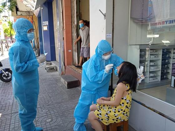 Đà Nẵng: Khoanh vùng, dập dịch ngay khi phát hiện các trường hợp nghi mắc Covid-19 ảnh 4