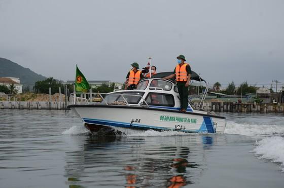 Đà Nẵng: Yêu cầu bảo đảm giãn cách khi sơ tán dân tránh bão số 5 ảnh 3
