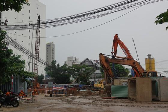 Đà Nẵng: Yêu cầu bảo đảm giãn cách khi sơ tán dân tránh bão số 5 ảnh 1