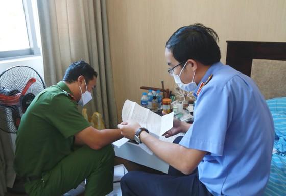 Đà Nẵng: Bắt giữ người làm giả hồ sơ đất đai lừa Việt kiều ảnh 1