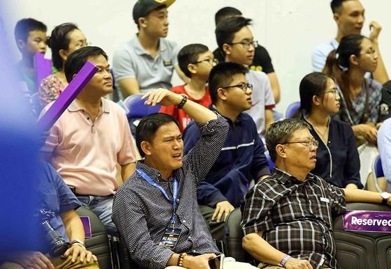 Các người đẹp Nam Em, Diệu Linh hào hứng với giải bóng rổ nhà nghề VBA ảnh 2
