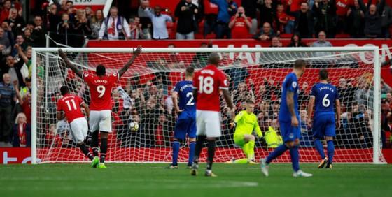 """Man.United - Everton 4-0: Chiến thắng """"hủy diệt"""" ảnh 3"""