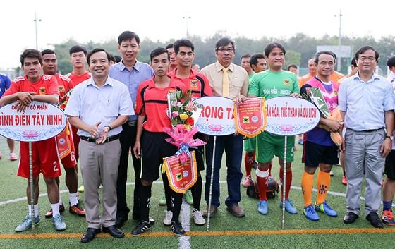 Lễ khai mạc Giải bóng đá Bình Điền Tây Ninh lần thứ 1 năm 2018. Ảnh: DŨNG PHƯƠNG
