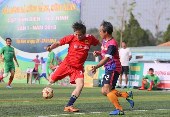 Giải bóng đá mừng Đảng mừng Xuân 2018 – Cúp Bình Điền Tây Ninh lần 1: Sân chơi của tình hữu nghị ảnh 2