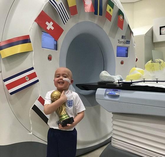 Lòng can đảm của cậu bé ung thư tạo cảm hứng cho Harry Kane ảnh 1