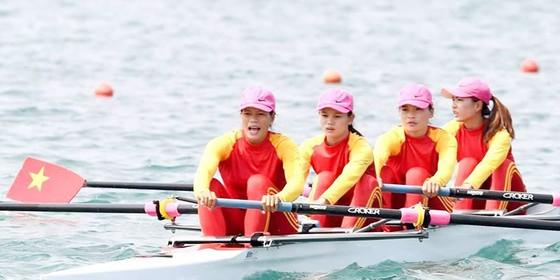 Rowing: 4 tay chèo nữ Việt Nam gây chấn động với tấm HCV châu lục ảnh 1