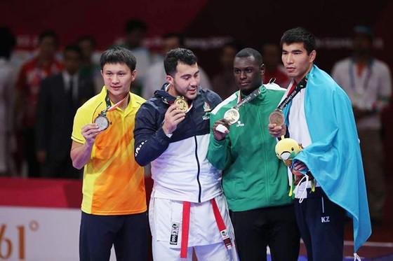 Karatedo: Quả cảm vào chung kết, Nguyễn Minh Phụng đoạt HCB ảnh 4