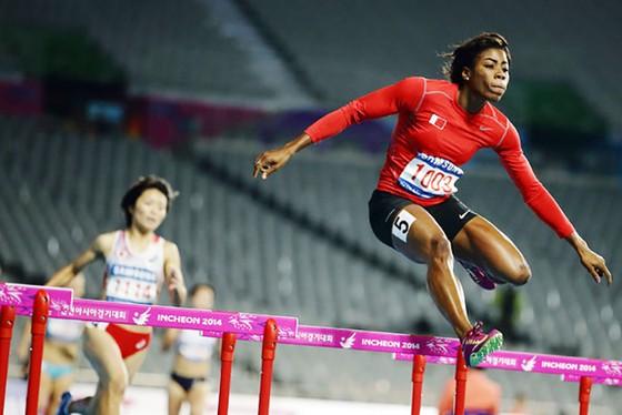 Điền kinh: Vào chung kết 400m rào nữ, Quách Thị Lan xô ngã kỷ lục quốc gia ảnh 3