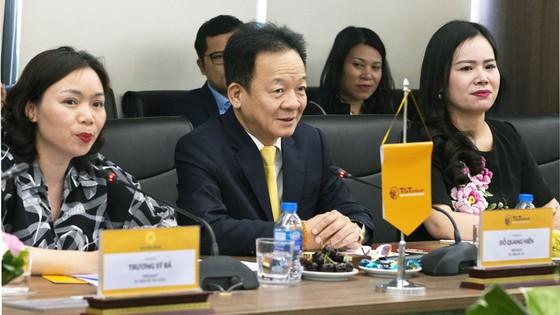 Bộ trưởng Ngoại giao Cộng hòa Bờ Biển Ngà Marcel Amon đến thăm và làm việc tại T&T Group ảnh 1