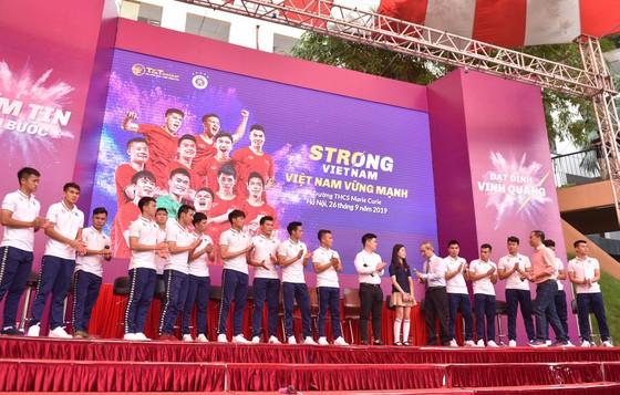 Quang Hải, Duy Mạnh, Hùng Dũng… được vinh danh sau mùa giải thành công ảnh 2