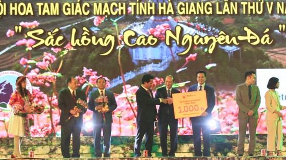 Tập đoàn T&T Group trao tặng tỉnh Hà Giang 1.000 căn nhà tình nghĩa ảnh 1