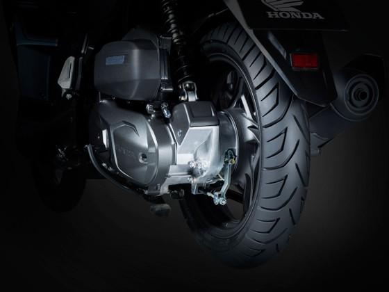 Honda Việt Nam giới thiệu phiên bản hoàn toàn mới Honda Air Blade 150cc/125cc: Uy lực bứt phá ảnh 6