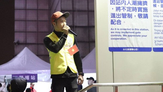 Lao động Việt Nam tại Đài Loan tình nguyện phục vụ hoạt động đón năm mới 2020 ảnh 2