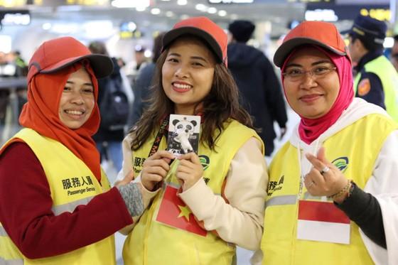 Lao động Việt Nam tại Đài Loan tình nguyện phục vụ hoạt động đón năm mới 2020 ảnh 5