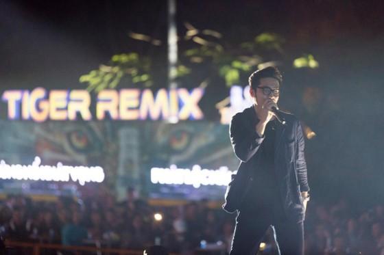 """Mỹ Tâm, Đen Vâu, Hoàng Thùy Linh """"đốt cháy"""" sân khấu Tiger Remix với toàn bản hit Remix  ảnh 7"""