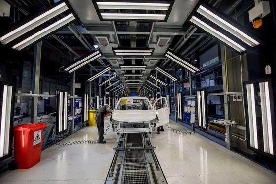 Vinfast đã bán được 67.000 ô tô - xe máy điện ảnh 1