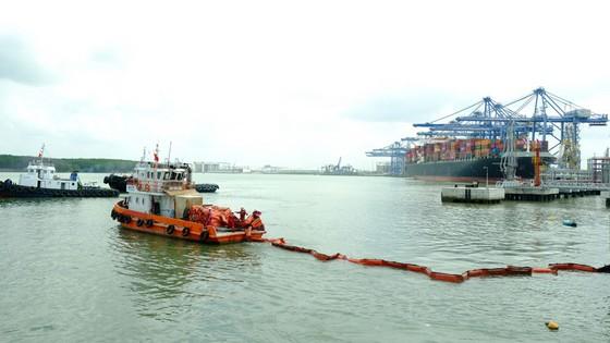 KVT diễn tập tình huống an ninh cảng biển và ứng phó sự cố tràn dầu 2020 ảnh 1