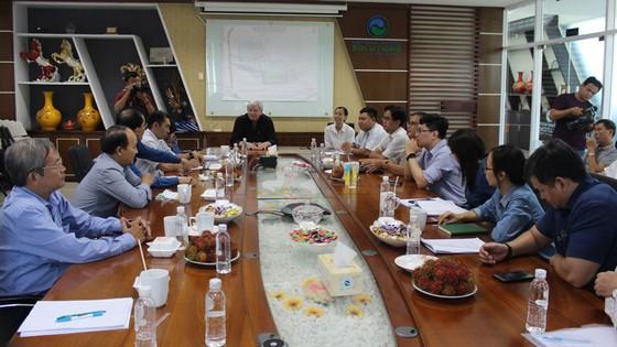 Đoàn bác sĩ TPHCM tham quan, học hỏi tại VWS ảnh 1