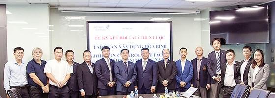 Hòa Bình ký kết hợp tác chiến lược với Công ty TNHH Johnson Controls - Hitachi Air Conditioning Việt Nam ảnh 1