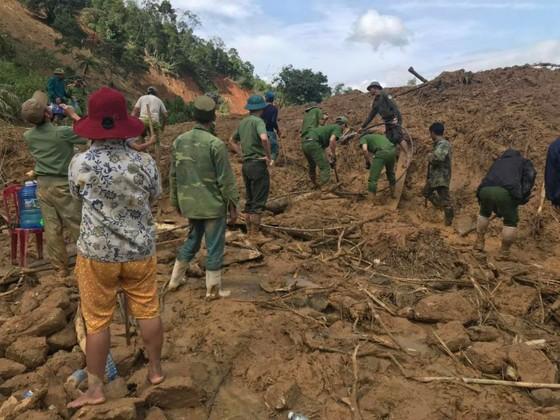 Quảng Nam: Hoàn thành việc sơ tán dân ra khỏi vùng nguy hiểm trước 11 giờ trưa 4-11  ảnh 2