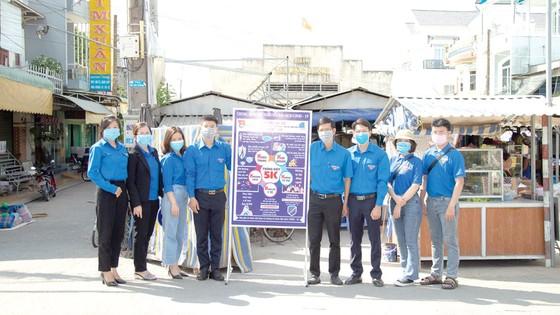 Chi đoàn Công ty Xổ số kiến thiết Đồng Tháp tham dự hoạt động ra quân Tháng Thanh niên gắn với hoạt động Kỳ nghỉ hồng ảnh 1