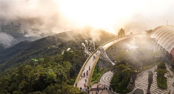 Cầu Vàng tại Bà Nà Hills được báo Anh bình chọn là kỳ quan mới của thế giới ảnh 3