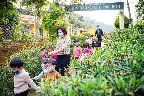 Nơi con sông Hồng chảy vào đất Việt ảnh 7