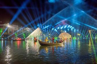 Choáng ngợp trong đêm công diễn 'Sắc màu Venice' ảnh 2
