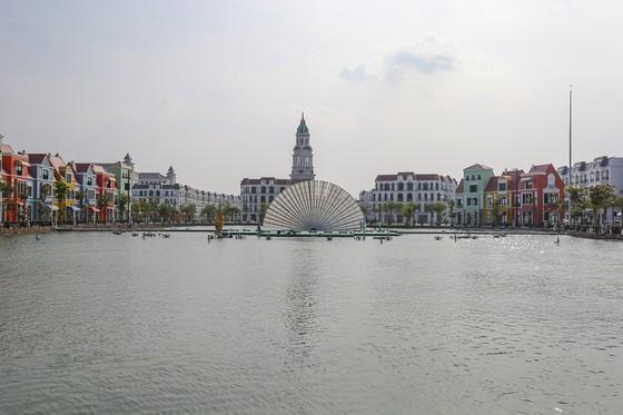 Choáng ngợp trong đêm công diễn 'Sắc màu Venice' ảnh 7