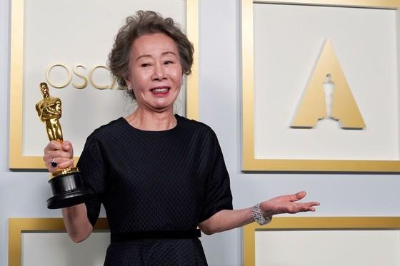 Phim 'Nomadland' thắng giải phim hay nhất tại Oscar lần thứ 93 ảnh 6