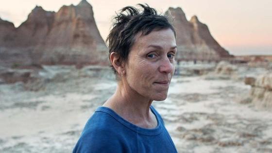 Phim 'Nomadland' thắng giải phim hay nhất tại Oscar lần thứ 93 ảnh 2