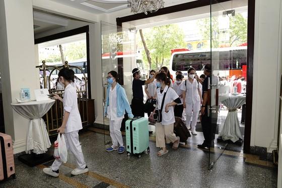 Saigontourist Group hỗ trợ phục vụ 1.050 nhân viên y tế tình nguyện từ miền Bắc vào tiếp sức TPHCM chống dịch Covid-19 ảnh 2