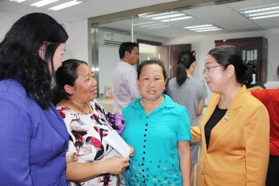 Đoàn đại biểu Thành ủy TPHCM thăm kiều bào, lao động tại tỉnh Quảng Tây, Trung Quốc     ảnh 1