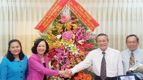 Đồng chí Trương Thị Mai, Trưởng Ban Dân vận Trung ương thăm các tôn giáo ảnh 2
